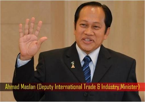 Ahmad Maslan - Deputy International Trade & Industry Minister - in Suit Smiling