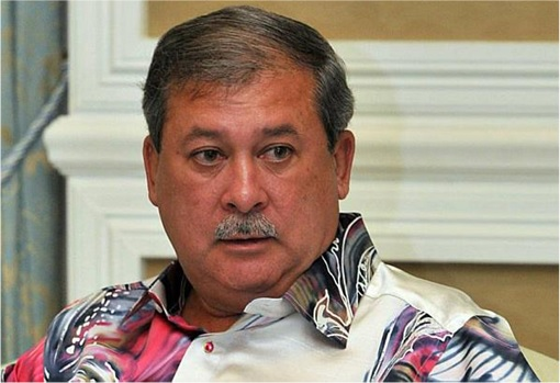 Johor Sultan Ibrahim - Wearing Colourful Shirt