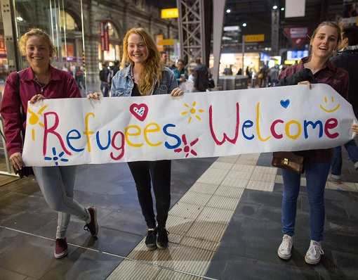 German - Syrian Refugees Welcome - Banner by German Girls