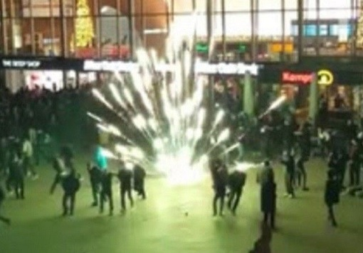 Germany Cologne Train Station - 1000 Arab Mobs Molest, Rape, Sexual Assault Women - Fireworks at Station