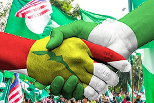 PAS and UMNO Alliance - Handshake