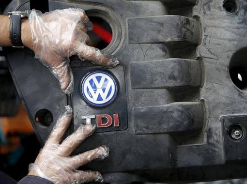 Volkswagen DieselGate - Fixing Clean VW Badge on Dirty Engine