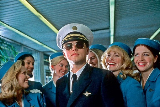Leonardo Di-Caprio - Catch Me If You Can - Impersonating Pilot With Crew - 2