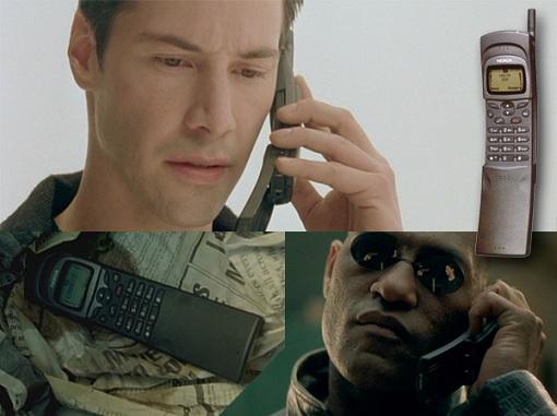 Matrix Keanu Reeves Neo - Making Call Using Nokia 8110
