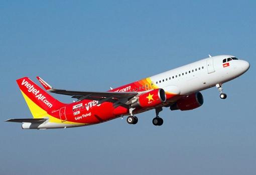 Vietnam VietJet Airline - Plane in Sky
