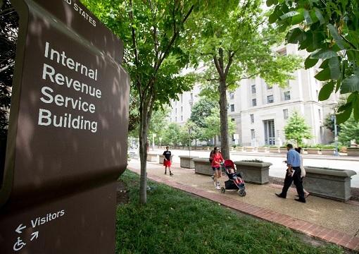 United States USA - Internal Revenue Service Building