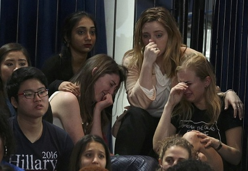 hillary-clinton-lost-unexpectedly-to-donald-trump-dejected-supporters