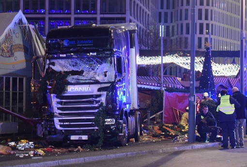 germany-truck-terror-attack-into-berlin-christmas-market-scania-truck