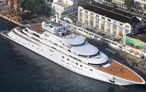 1MDB Scandal - Jho Low Rented Topaz Yacht - 2