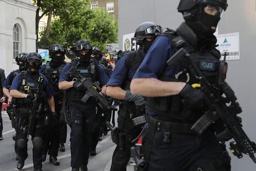 London Bridge and Borough Market Terror Attack - Anto-Terror Police