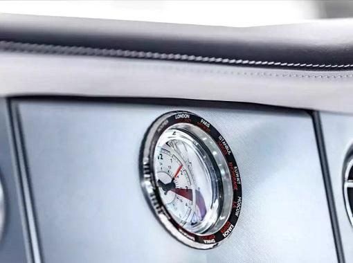 Rolls-Royce Phantom VIII - Analogue Clock
