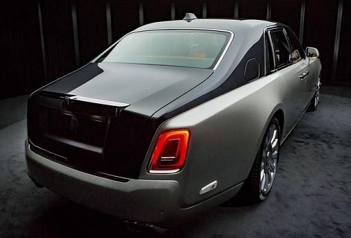 Rolls-Royce Phantom VIII - Exterior Rear View