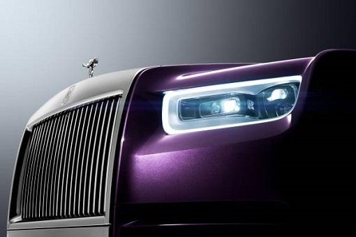 Rolls-Royce Phantom VIII - Smart Headlamps