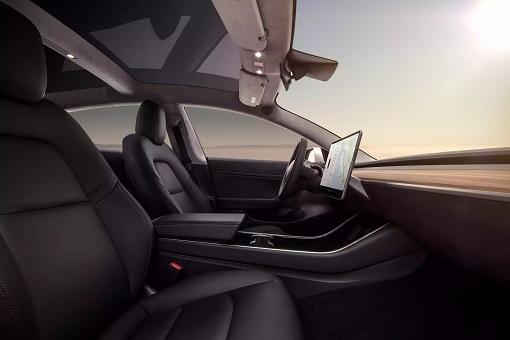 Tesla Model 3 - Interior Dashboard Side View