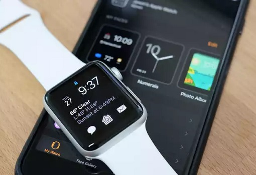 Apple Watch Pair with iPhone