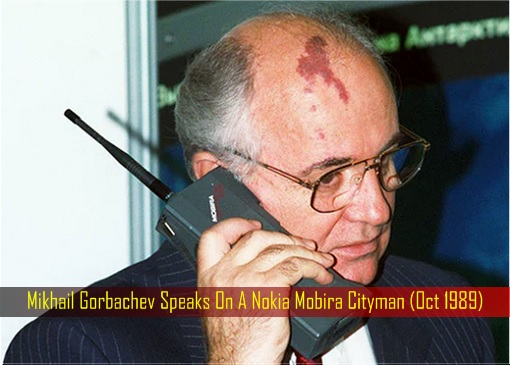 Mikhail Gorbachev Speaks On A Nokia Mobira Cityman (Oct 1989)