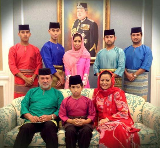 Sultanate of Johor - Family Photo 1
