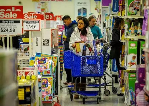 Toys R Us - Shoppers Looking For Toys