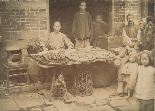 Chinese Migrants - Trading