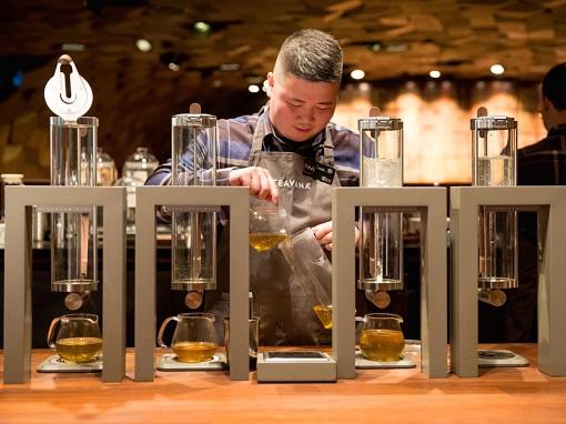 Starbucks Reserve Roastery Shanghai - More Than 100 Beverages