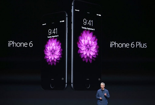 Tim Cook Introduces iPhone 6 and iPhone 6S