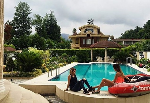 Rich Kids of Tehran - Mansion Swimming Pool