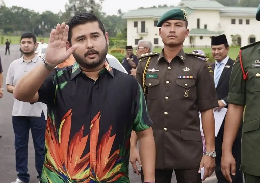 Johor Crown Prince Tunku Ismail Sultan Ibrahim with Bodyguards