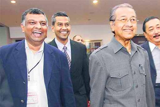 Tony Fernandes and Mahathir Mohamad
