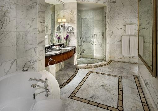 Singapore The Fullerton Hotel - Presidential Suite - Bathroom