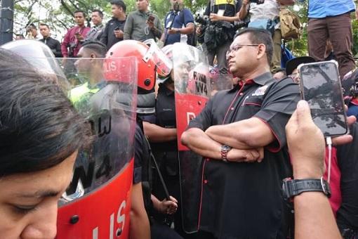 Lokman Noor Adam – UMNO Supreme Council Member - Demonstration