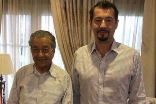Mahathir Mohamad Meets Xavier Andre Justo