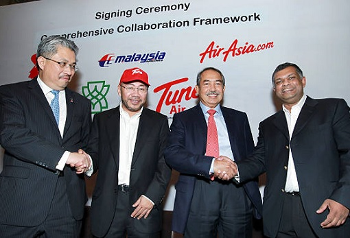 Malaysia Airline System and Air Asia - Share Swap Signing Ceremony