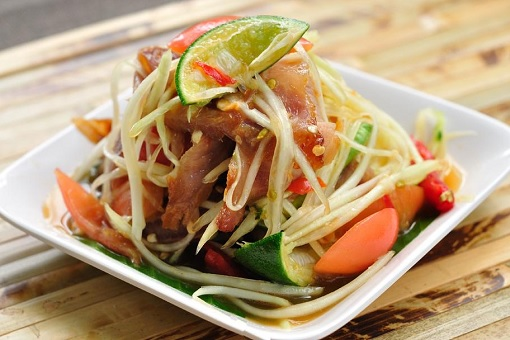 Food - Som tum in Bangkok, Thailand