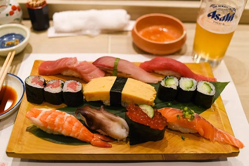 Food - Sushi in Tokyo, Japan