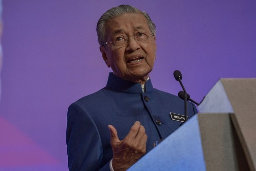 Mahathir calls for 'fair trade' in China, warns of 'new colonialism'