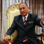 Shooting Own Foot!! - Congrats Nazri, You've Just Insulted Islam, Malays & Monarchies