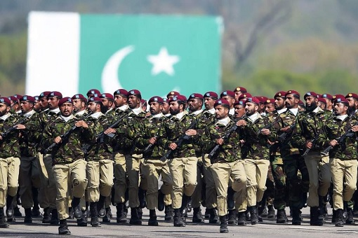 Pakistan Military Marching