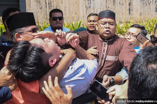 From Crook To Thug - Former PM Najib Unleashed Gangsters To Beat Six University Students
