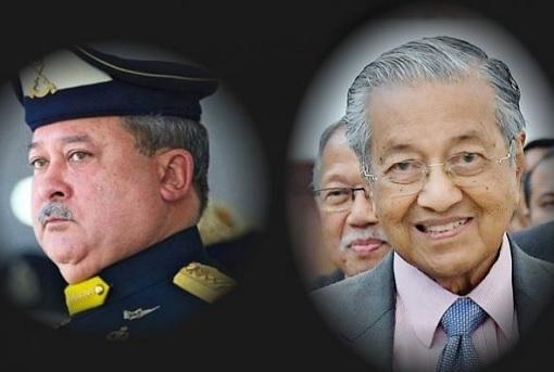 Johor Sultan Ibrahim - PM Mahathir Mohamad