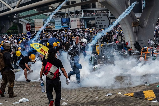 Hong Kong Demonstrations 2019 - Extradition Law - Violence Tear Gas