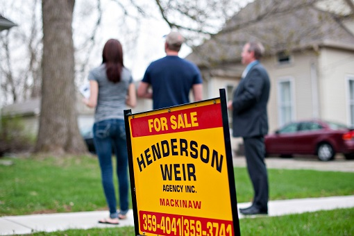 US Housing Market Slowdown - For Sale