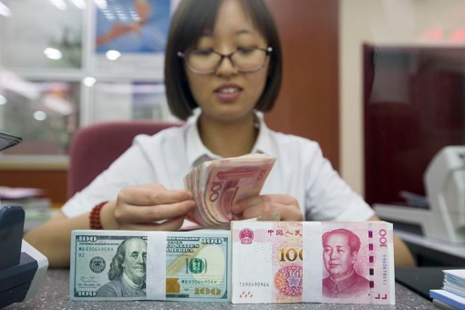 US Dollar and China Yuan - Cashier