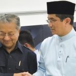 Azmin Is Bluffing - He Does Not Have The Number For Mahathir To Continue As Prime Minister