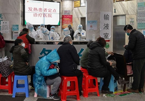 Coronavirus - Seeking Treatment in China Hospital