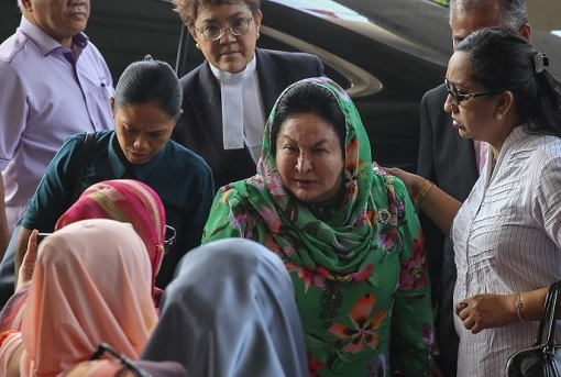 Rosmah Mansor Can Walk To Court Without Wheelchair