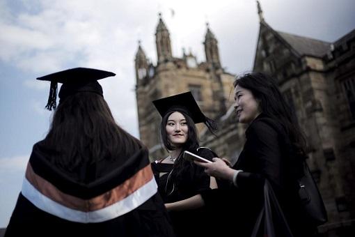 Australia Education - University Students from China