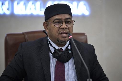 Mohd Khairuddin Aman Razali - Plantation Industries and Commodities Minister