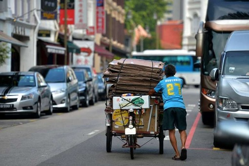 Asia Poverty - Collecting Paper Boxes