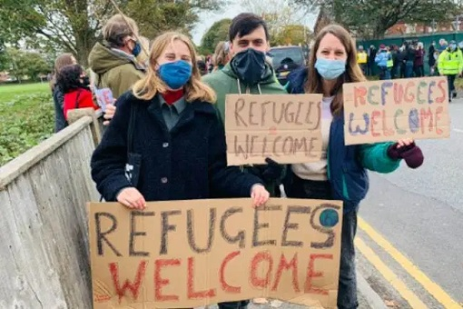 France Welcome Refugees Migrants