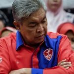 UMNO Falling Apart - Gangster Zahid Is Toast If He Fails To Topple Muhyiddin By Christmas